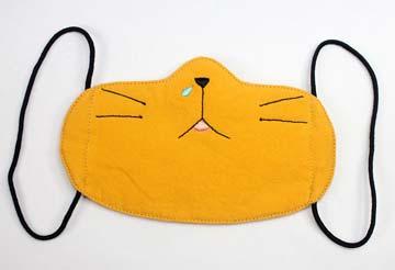 小猫戴口罩